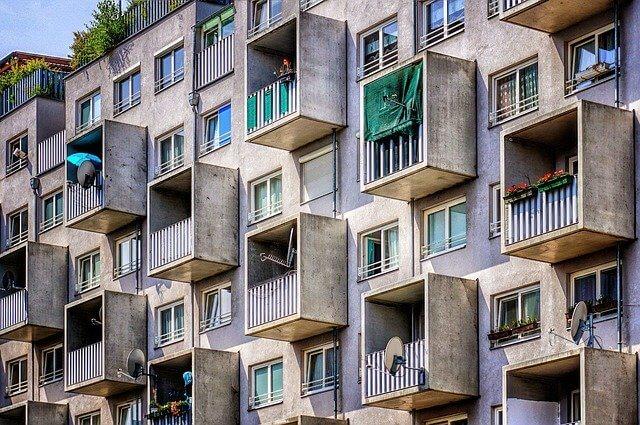 как обменять одну квартиру на две в 2021 году